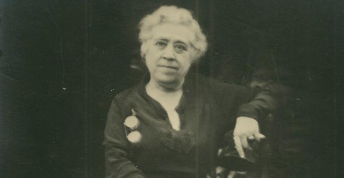 Caterina Albert l'any 1944