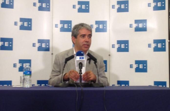 Francesc Homs durant la roda de premsa organitzada per Efe