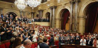 La cambra catalana al finalitzar el discurs de Carles Puigdemont