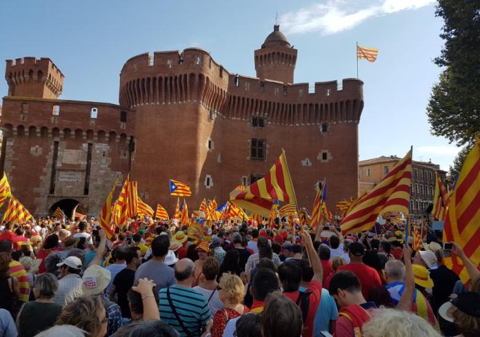 Imatge de la manifestació (#ouiaupayscatalan)