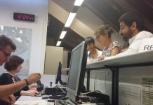 JxSí i la CUP entrant a registre la proposició de Llei de creació de l'Agència Catalana de Protecció Social | ERC
