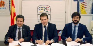 D'esquerra a dreta, Xavier Vinyals ( president de la Plataforma Proseleccions Esportives Catalanes), Gerard Figueras (Secretari General de l'Esport) i Gerard Esteva, (president de la UFEC)