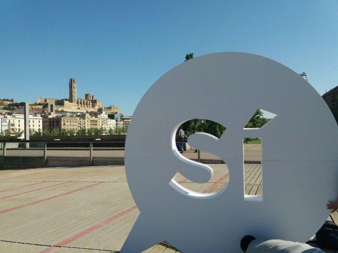 El 'Sí' gegant a la ciutat de Lleida