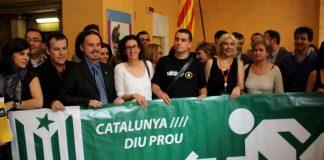 Diputats independentistes l'any 2013 fent el pagament de la seva RENDA a la hisenda catalana | Catalunya Diu Prou