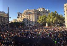Imatge de la concentració davant la conselleria d'Economia el 20S