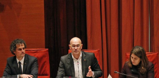 Raül Romeva en una Comissió parlamentària del 9/3/2016