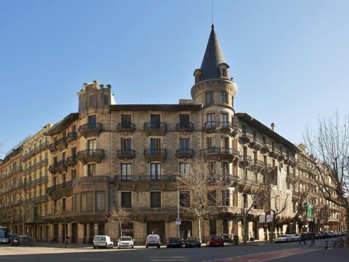 L'edifici modernista de la Casa Burés venut el 2014 per 18,7 milions d'euros