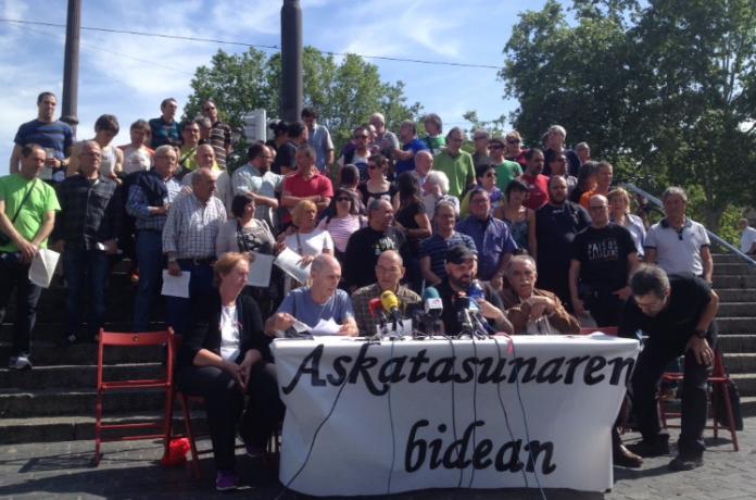 Roda de premsa de la presentació d'Askatasunaren Bidean