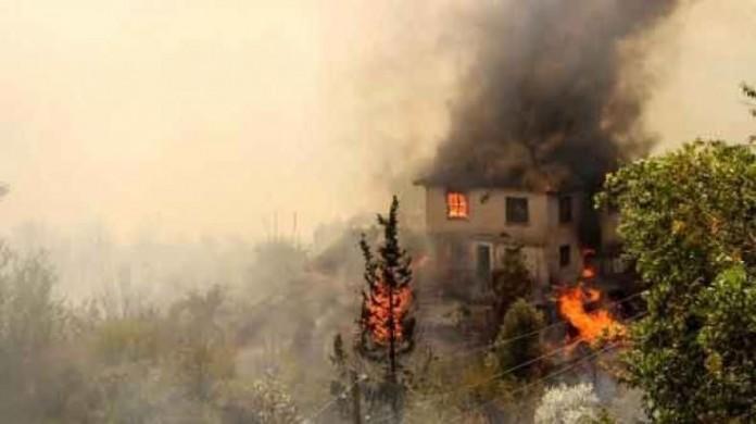 L'exèrc it turc practica una política de terra cremada a les zones on actua la guerrilla kurda (26 de juny de 2016 / Fotografia: Kurdiscat)