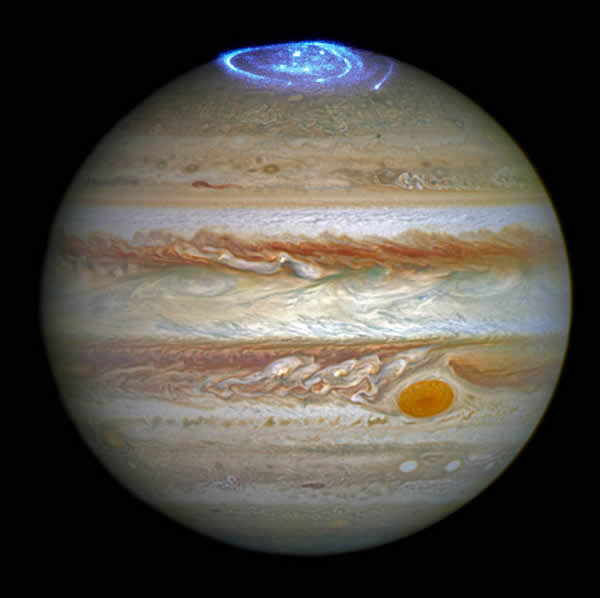 Aurores impressionants en l'atmosfera de Júpiter. Fotografia presa pel telescopi espacial Hubble el 30 de juny de 2016 (NASA/ESA/Hubble)