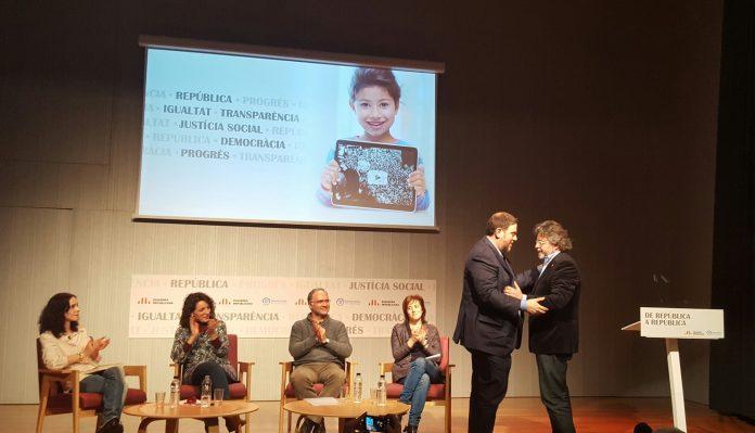 Moment de l'acte d'ERC i D's titulat 'De República a República' | Oriol Vila