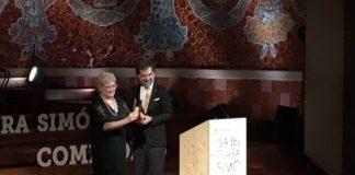 Isabel Clara-Simó rep el premi d'Honor de les Lletres Catalanes