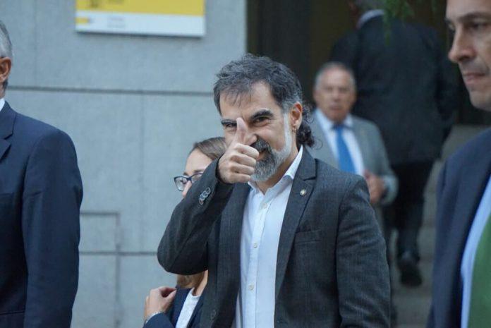 Jordi Cuixart a la sortida de l'Audiència Nacional | Òmnium Cultural