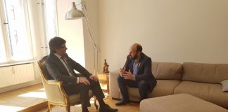 Carles Puigdemont i Marcel Mauri reunits a Berlín | Òmnium Cultural