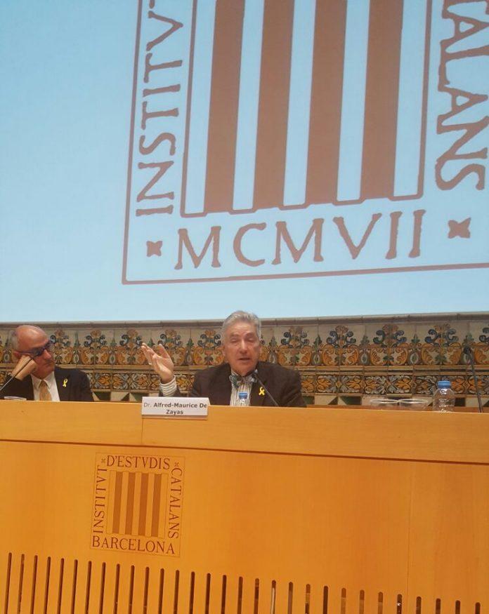 El Dr. Alfred-Maurice de Zayas durant la seva ponència a la Jornada | Pau Miserachs