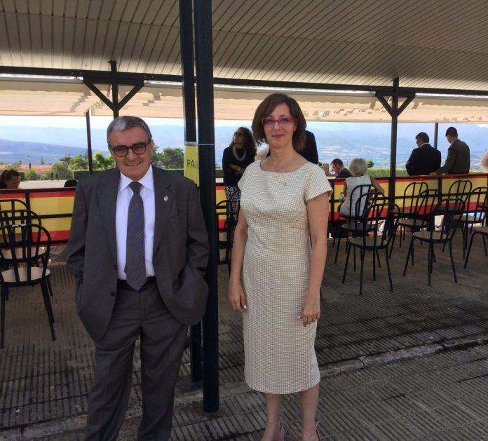 Àngel Ros (PSC) i Ángeles Ribes (C's) en l'entrega de despatxos a l'acadèmia militar de Talarn | C's Lleida