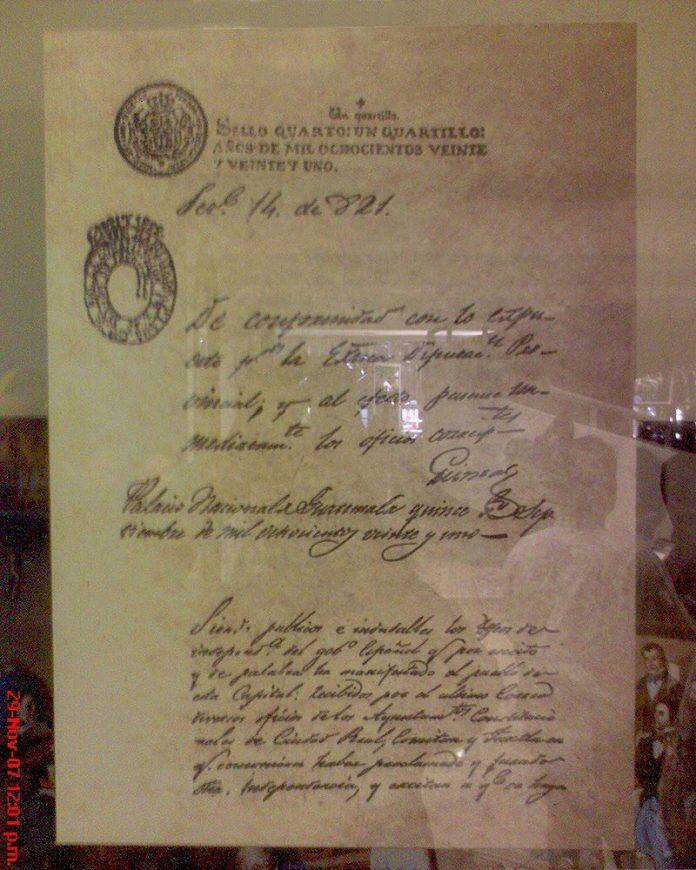 Original de l'acta d'Independència Centroamericana que roman en l'Assemblea Legislativa del Salvador | Font: Snakeyes, Wikipèdia