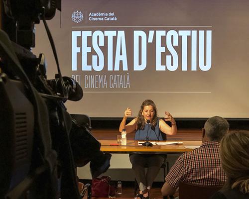 Fotografia de la Festa d'Estiu del Cinema Català amb Isona Passola | academiadelcinema.cat