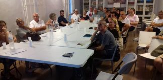 Reunió de l'assemblea Primàries Reus a finals d'agost
