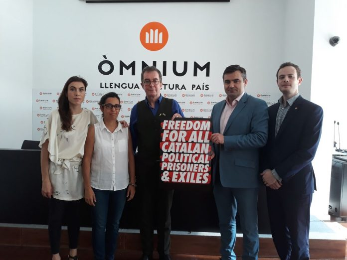 Una delegació ha visitat el president d'Òmnium Cultural a Lledoners quan fa 11 mesos que està en presó preventiva | Òmnium Cultural