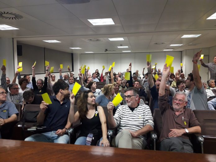 Assemblea oberta de l'ANC de Terrassa en la que es va aprovar l'impuls del projecte de Primàries Catalunya al municipi de cara les eleccions municipals. | Primàries Catalunya