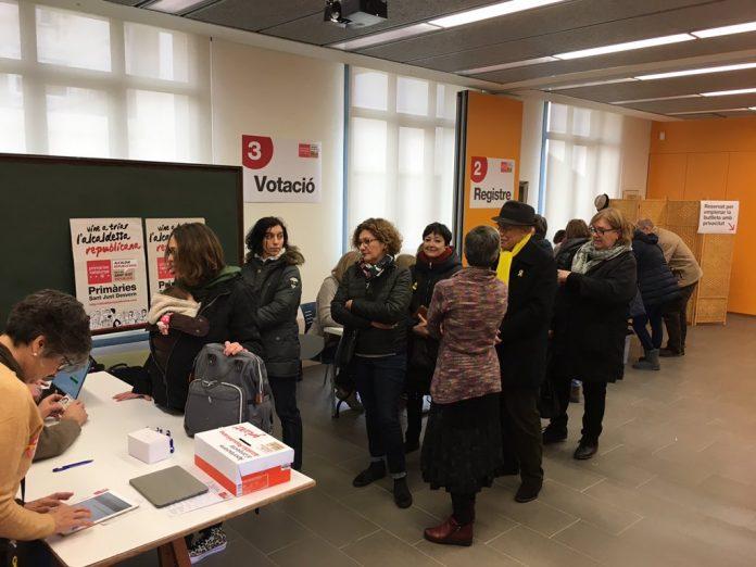 Cua de votació a les primàries de Sant Just | Alcaldia Republicana Sant Just